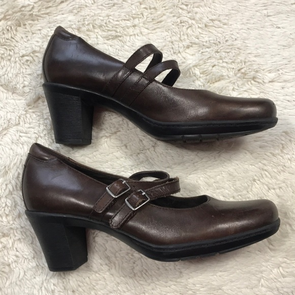 Clarks Bendables Mary Janes Beown Heels